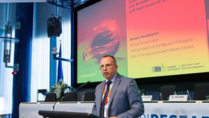 Порожанов: Науката и иновациите са ключови за земеделието