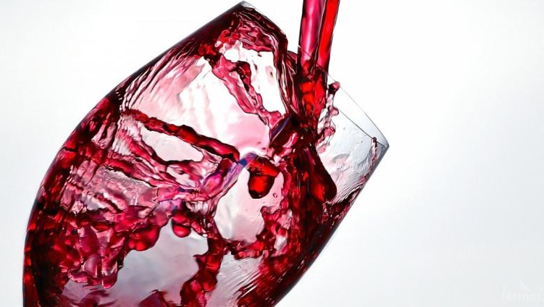 Избират най-доброто домашно вино от ягодоплодни