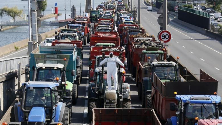 Фермерите в Гърция се готвят за блокади на 22 януари