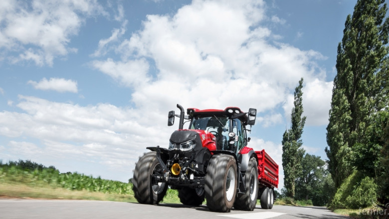 CASE IH Maxxum Multicontroller с трансмисия ActiveDrive 8 - Машина на годината 2018