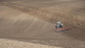 Ще отпаднат ли ограниченията за покупка на земя от чужденци