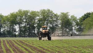 Агрометеорология: Валежи ще затруднят почвообработката