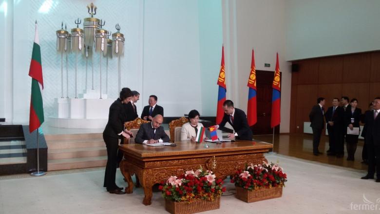 Официално: Българска оранжерия ще произвежда зеленчуци в Монголия