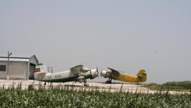 Въздушното пръскане с пестициди вече ще става само с писмено разрешение