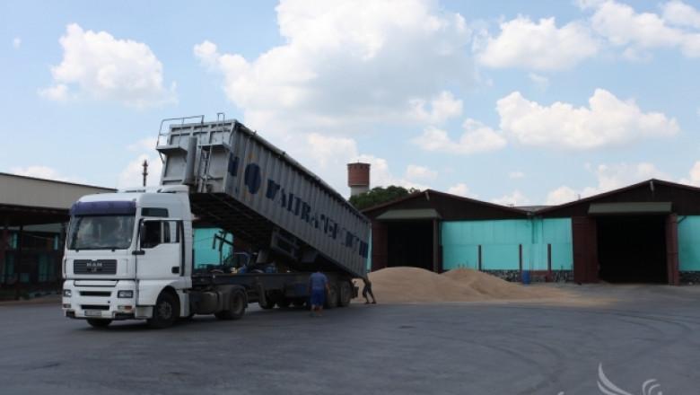 Експерти от НАП разясниха преходни разпоредби в ЗДДС при сделки със зърно (ВИДЕО)