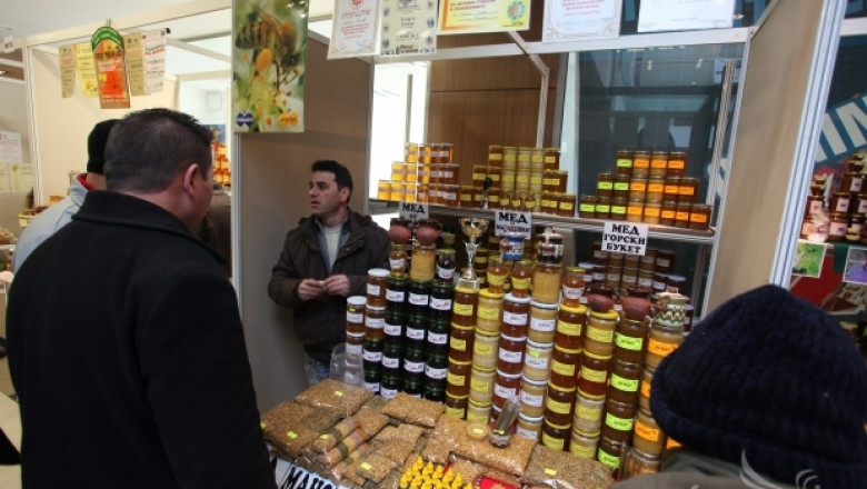 Първо пчеларско изложение в Южна България подготвят през март 2014 г.
