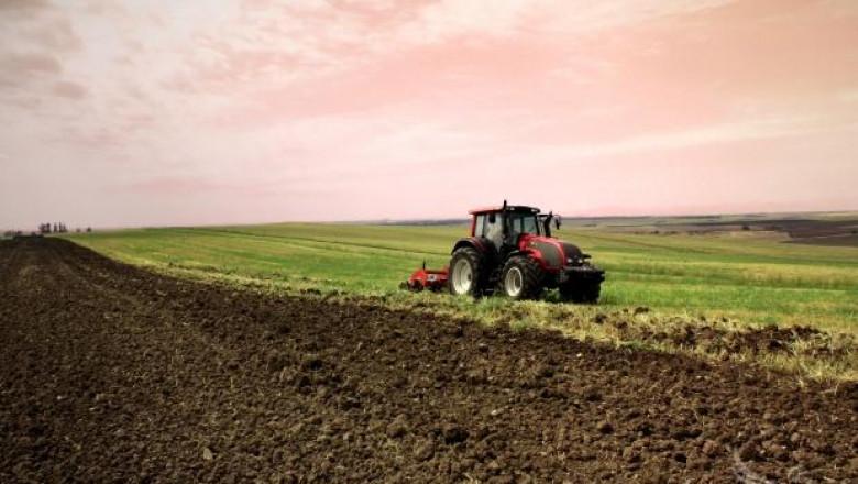 Плевнелиев: Възможно е с европари създаване на агро-тех парк за фермерите