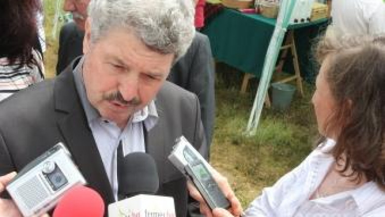 Министър Иван Станков пред Фермер.БГ: Няма да закриваме ферми в края на годината