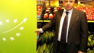 """Пак под светлината на прожекторите """"блесна"""" Мирослав Найденов, този път зад логото за биопродукти"""