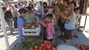 Фермерските пазари стигнаха и до морето