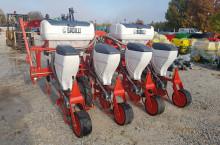 Сеялки 4 реда - Трактор