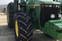 John-Deere 8400 - Трактор