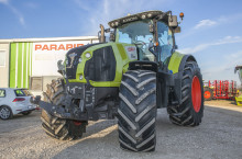 Claas Axion 830 - Трактор