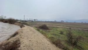 Опасност от наводняване на нивите в Пловдивско