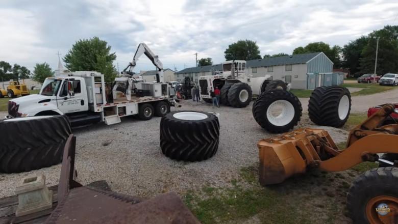 Най-големият трактор в света, Big Bud, получи нови гуми