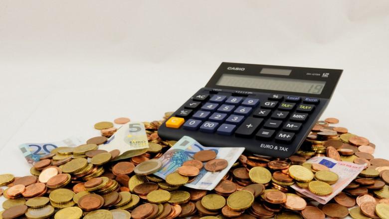 Срокът за данъчни декларации – удължен с два месеца