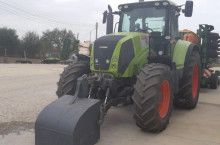 Claas Axion 850 - Трактор