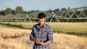 Настояване: Земеделци без регистрация в оповестителната система да бъдат лишени от субсидии
