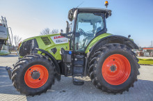 Claas Axion 830 CIS - Трактор