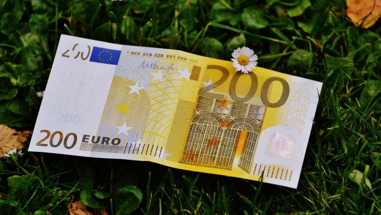 Наследници на ниви получават 3 300 евро обезщетение за забавена реституция