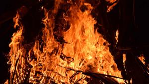 Техническа неизправност на трактор предизвика пожар